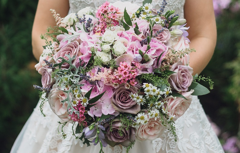 White-Pink-Rose-florist-flowers-crewe-wedding-bride
