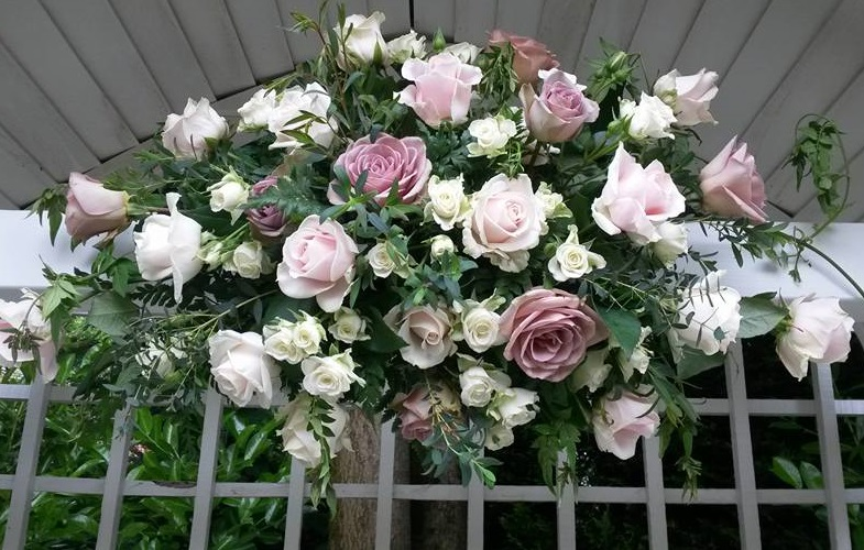 arch,flowers,wedding,roses,pink,white