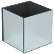 Cubed Mirrored Vase - £4 each to hire