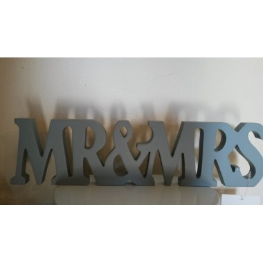 Mr & Mrs sign £9.99