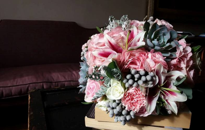 wedding, bouquet, pink, grey, succulents, bride