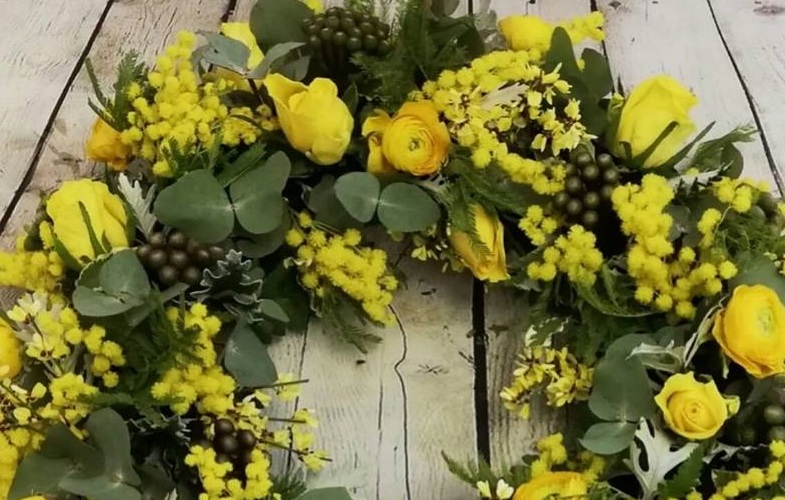 funeral-sympathy-flowers-crewe-nantwich-cheshire-wreath